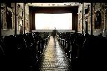 El cinema Alhambra de la Garriga La decoració de la sala és curiosa.